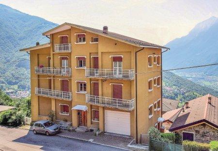 Apartment in Narro-Indovero, Italy