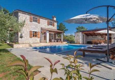 Villa in Kirmenjak, Croatia