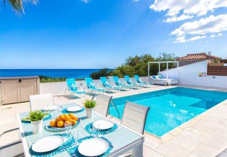 Villa in Agia-Triada, Cyprus