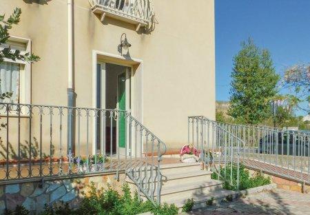 Apartment in Salemi, Sicily:
