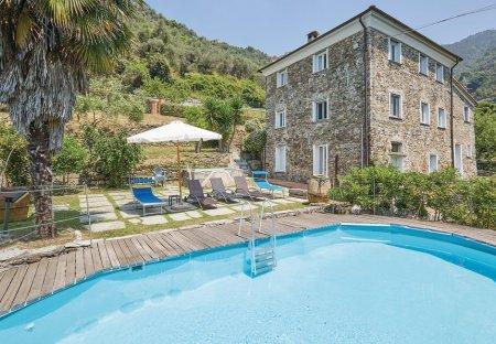 Villa in Levanto, Italy