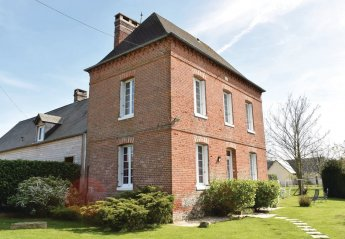 Villa in Gruchet-Saint-Siméon, France