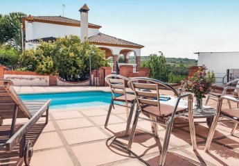 Villa in Arriate, Spain