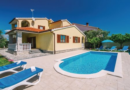 Villa in Valbandon, Croatia