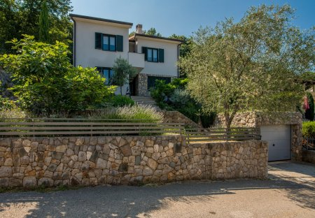 Apartment in Porozina, Croatia