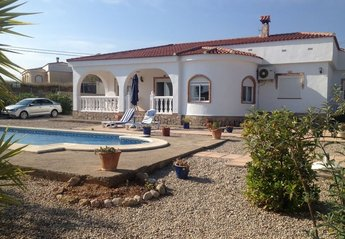 Villa in Montroy, Spain