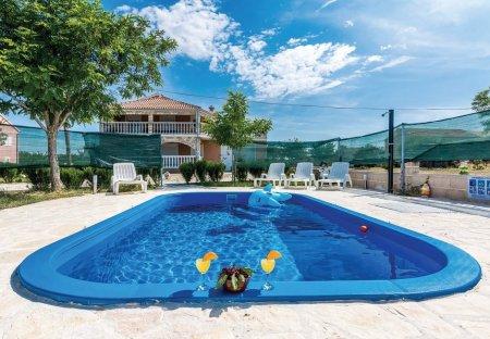 Villa in Budak, Croatia