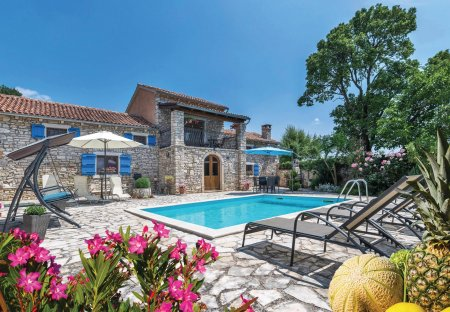 Villa in Puntera, Croatia