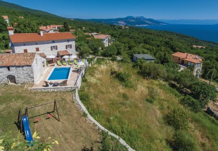 Villa in Drenje, Croatia