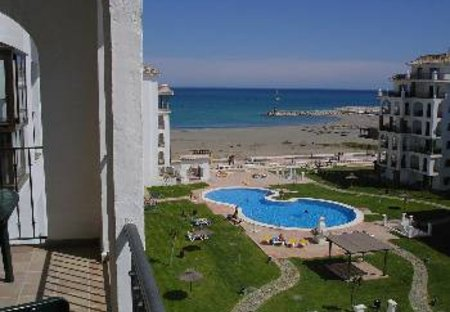 Apartment in San Luis de Sabinillas, Spain: View over beach from balcony