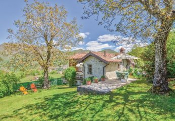 Villa in Ortanella, Italy