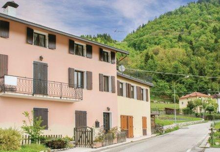 Villa in Mellame, Italy