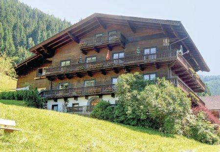 Chalet in Thumersbach, Austria: