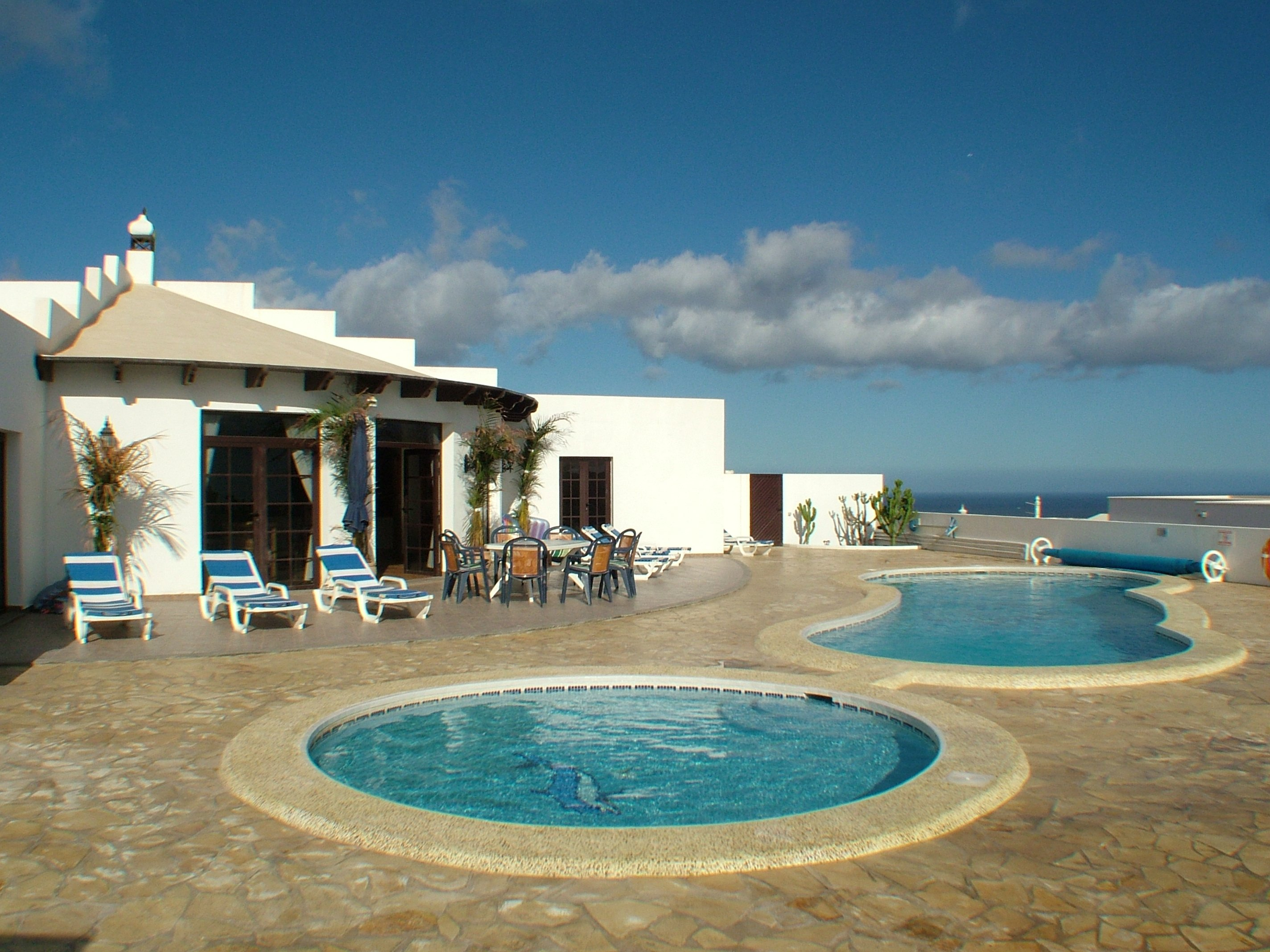 Villa to rent in Güime Lanzarote with private pool