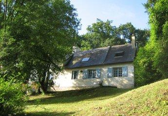 Cottage in Gennes-Val-de-Loire, France