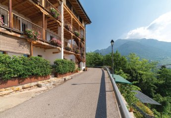 Apartment in Lamon, Italy:
