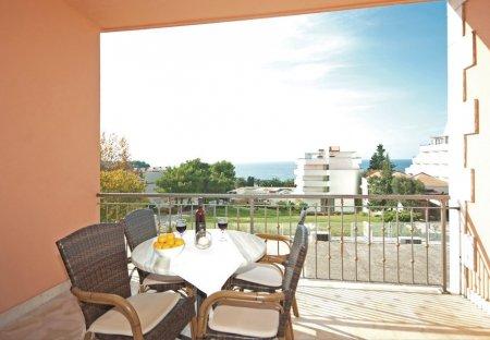 Apartment in Gradac, Croatia