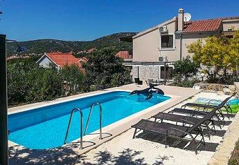Villa in Croatia, Vinišće