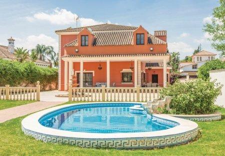 Villa in El Santiscal, Spain