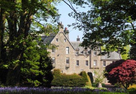 Chateau in Garnock East, Scotland