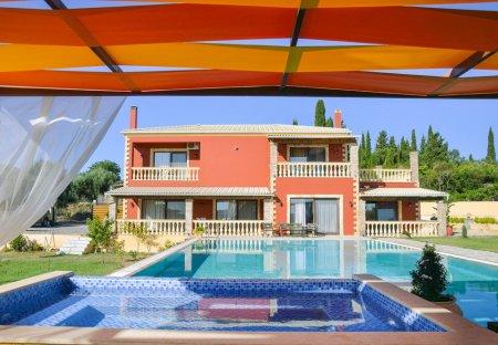 Villa in Corfu Town, Corfu