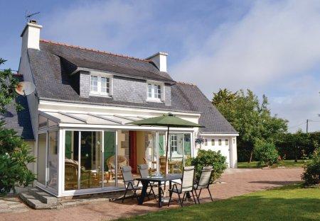 Villa in Riec-sur-Bélon, France