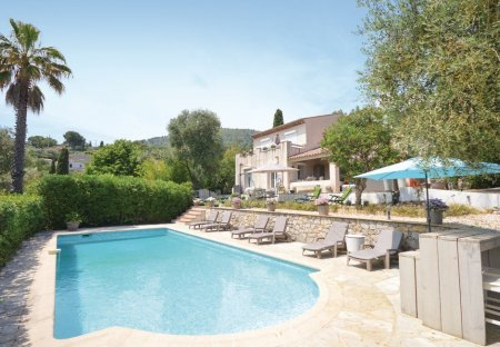 Villa in Le Tignet, the South of France