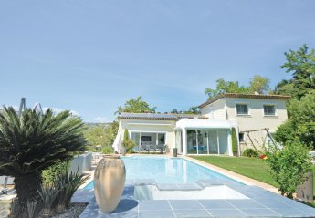 Villa in Village-Saint Julien-Saint Pierre, the South of France