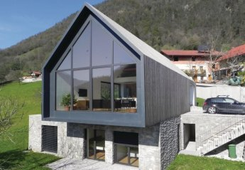 Villa in Zatolmin, Slovenia