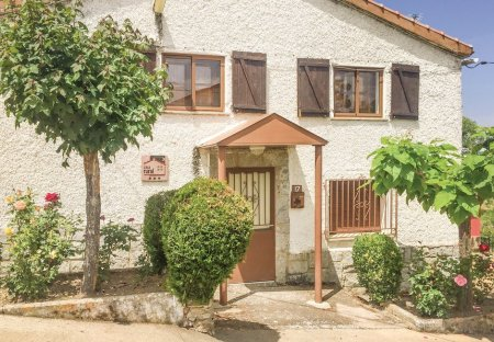 Villa in Aldeanueva de la Sierra, Spain