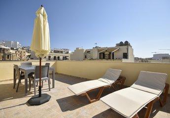 Apartment in Il-Gzira, Malta