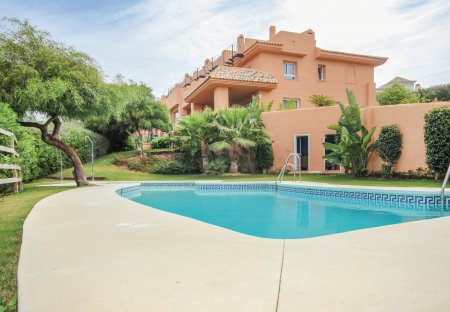 Villa in Urbanización Artola Alta, Spain
