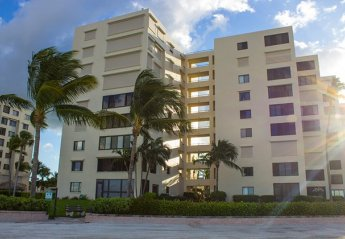 Apartment in Fort Myers Beach, Florida
