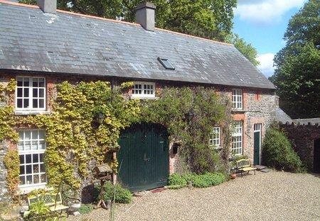 Cottage in Ballymulcashel, Ireland: Lodge - 2 bedrooms sleeps 5