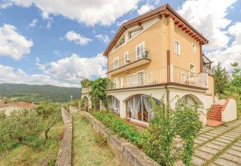 Apartment in Sorana, Italy