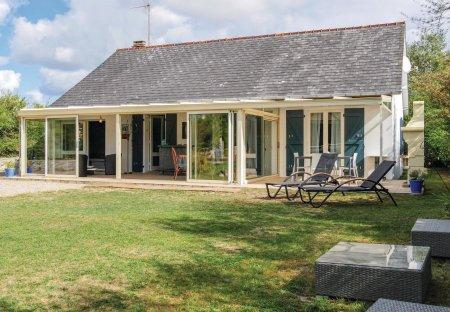 Villa in Saint-Jean-de-la-Rivière, France