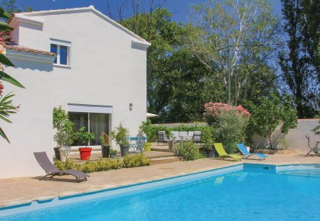 Villa in Les Angles, the South of France
