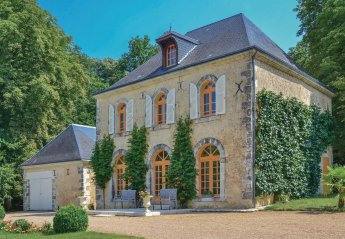 Villa in Saint-Christophe-sur-le-Nais, France