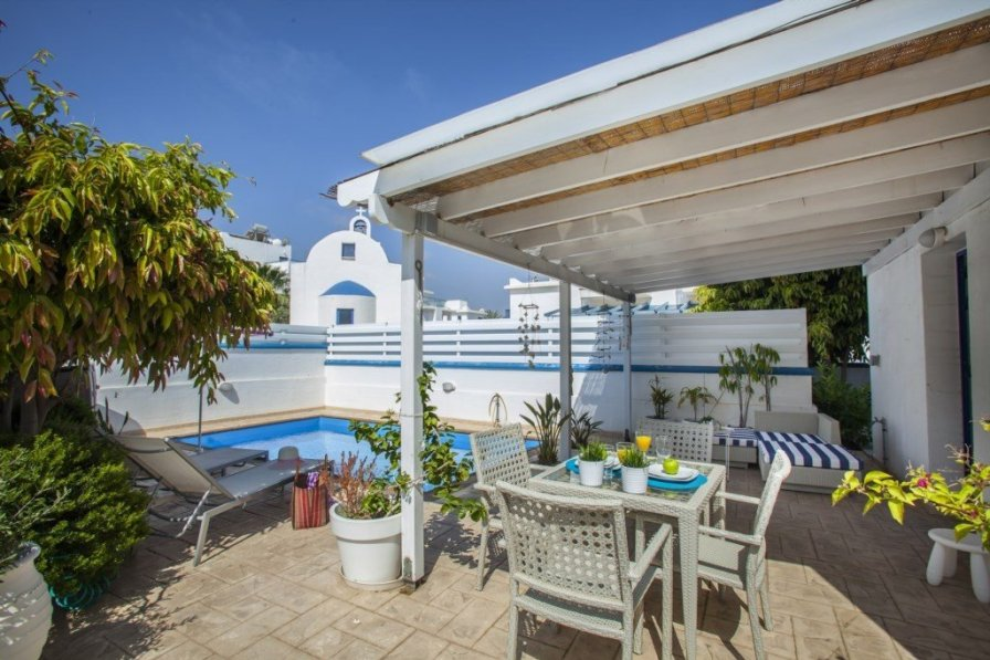 Villa To Rent In Pernera Cyprus With Swimming Pool 221883