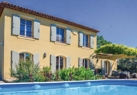 Villa in Mallemort, the South of France