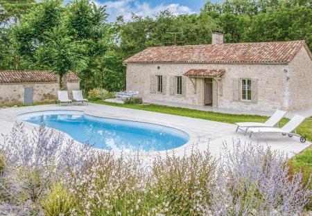 Villa in Sembas, France