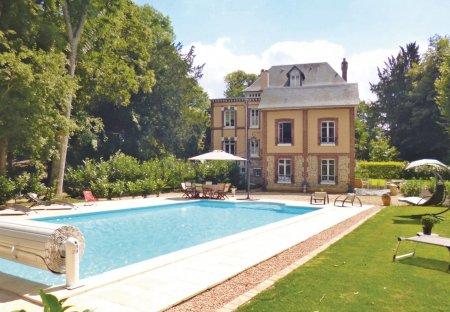 Villa in Fleury-sur-Andelle, France
