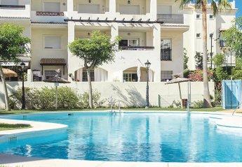 Apartment in San Luis de Sabinillas, Spain