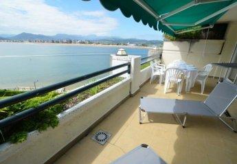 Apartment in Santoña, Spain