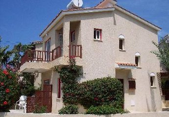 Villa in Kato Paphos, Cyprus: The Villa itself