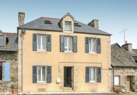 Villa in Caurel, France