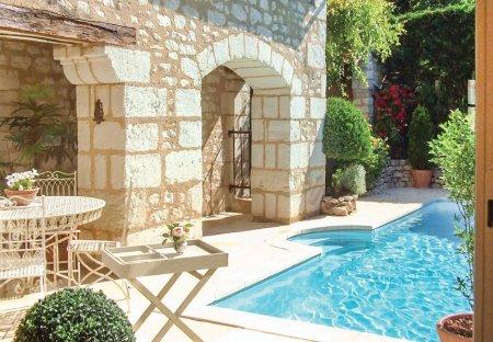 Villa in Lye, France