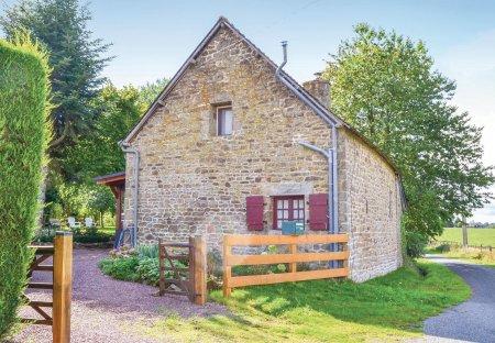 Villa in Montaudin, France