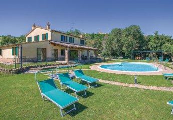 Villa in Barchi, Italy