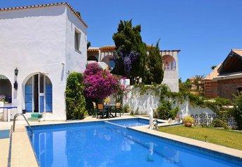 Villa in Faro de Calaburras, Spain